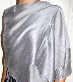 What color wrap can I wear with a teal taffeta dress for my son's November wedding?